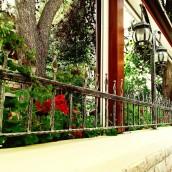 Jak prawidłowo oświetlić ogród?
